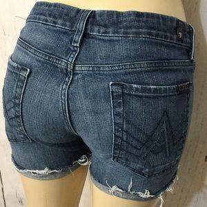 "7FAM ""A"" Pocket Cut off Denim Shorts Size 31"